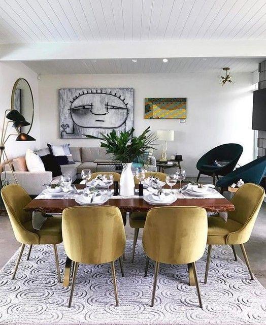 złote krzesła tapicerowane