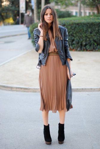 Plisowana spódnica stylizacje, które musisz zobaczyć