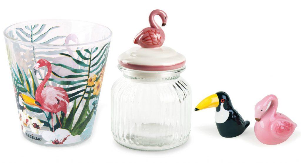 akcesoria z motywem flaminga